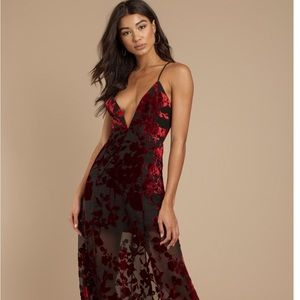 Toni Burning down the house maxi dress velvet red